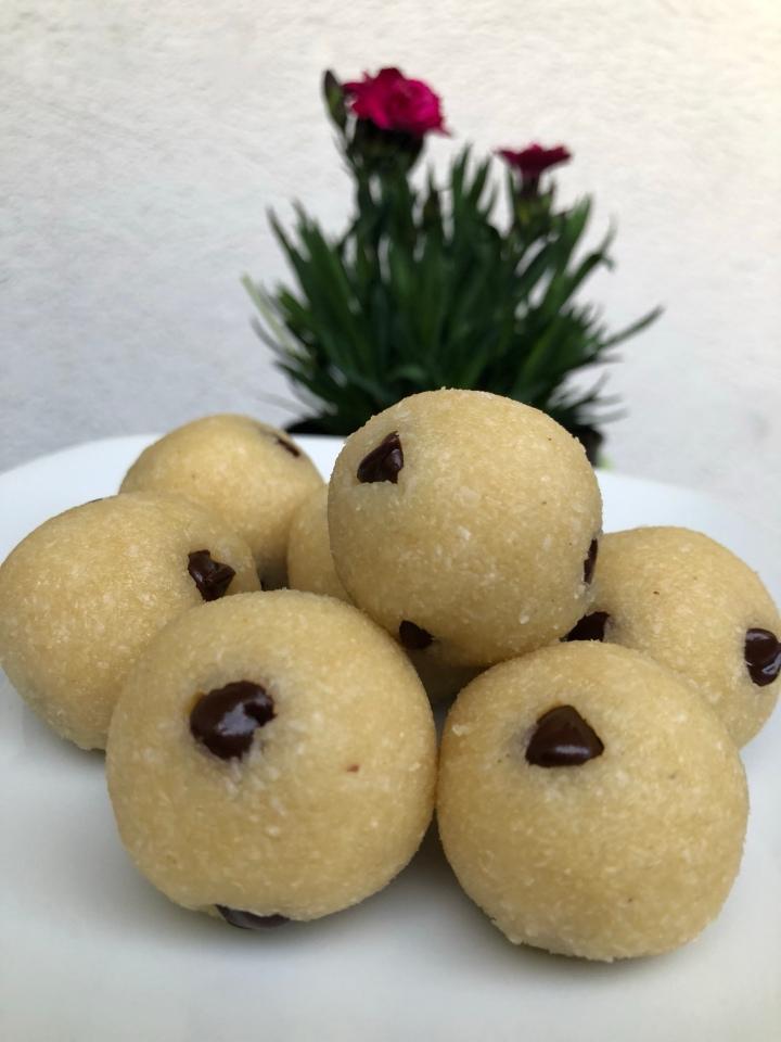 Healthy Protein Cookie DoughBalls